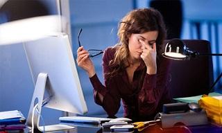 Kelelahan Mata Pada Penggunaan Komputer Berdurasi Lama