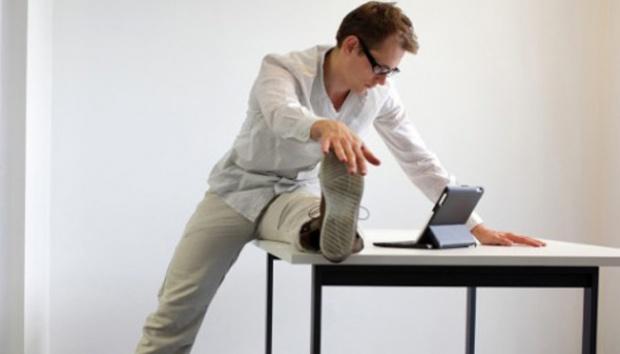 Pentingnya Stretching Saat Bekerja Di Kantor