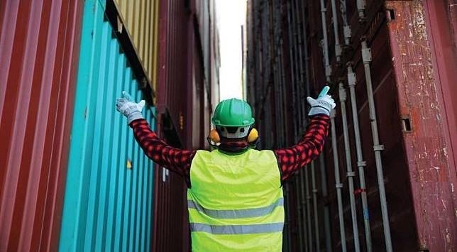 Pengertian Tentang Safety Vest dan Fungsinya